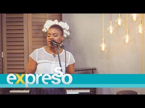 Jackie Queen performs