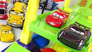 Disney Pixar Cars 3 track set play with Jackson Storm, Lightning McQueen, Robocar Poli - DuDuPopTOY