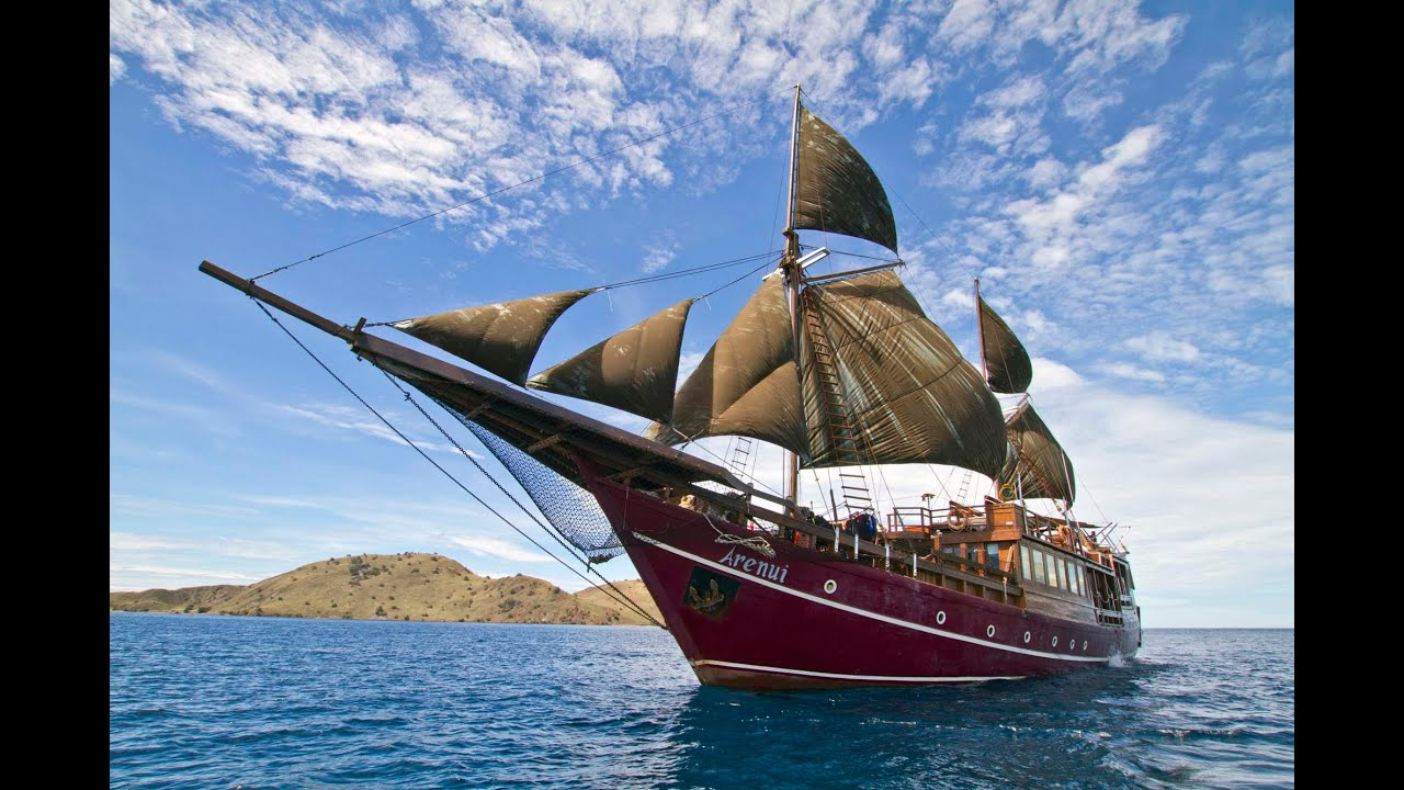 Luxury Liveaboard Diving In Komodo And Alor, Indonesia