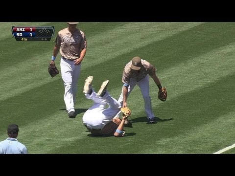 Blanks, Forsythe collide while grabbing popup