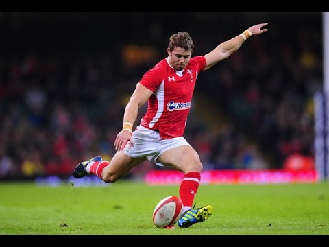 Welsh Rugby Fullback, Leigh Halfpenny Highlights HD