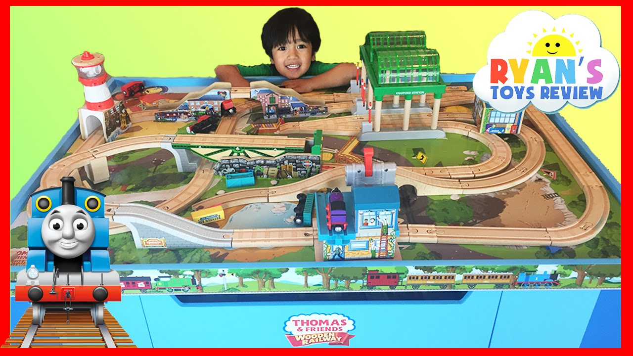 Thomas And Friends Wooden Railway Knapford Station And Tidmouths Tipping Bridge