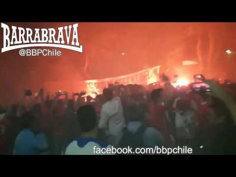 Banderazo de los hinchas de Chile en B. Aires previo al partido vs Argentina