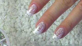 Repeat youtube video NailArt Design Tutorial  silver glitter with white flowers