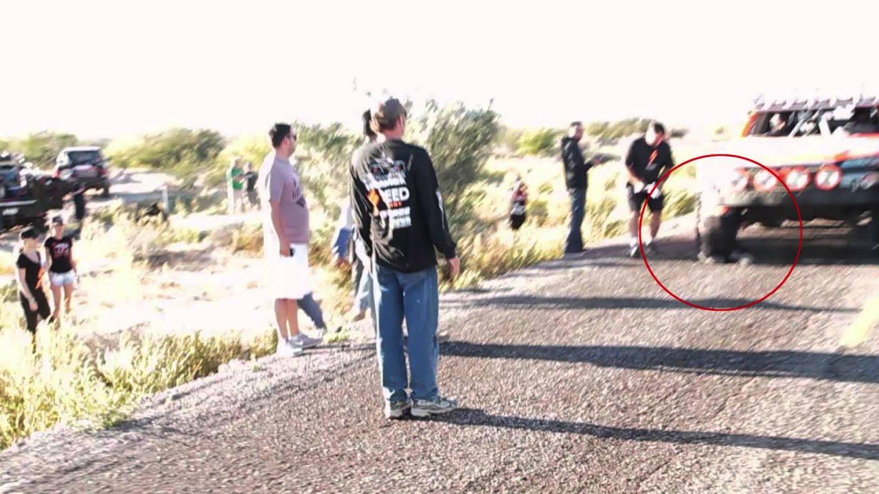 Carlos-Lopez-Jump-SCORE-Baja-1000-2013-11-15-13