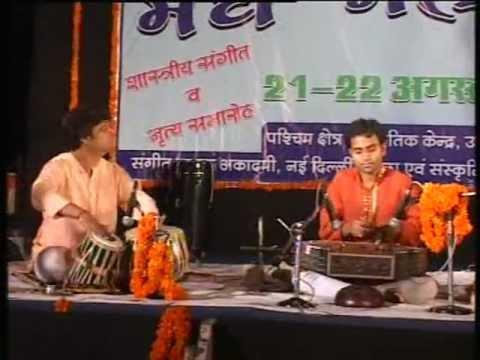 Raga-Megh{Drut Teen Taal]by Bipul Kumar Ray-Santoor,accompanied By Pt.Ashis Sengupta[Tabla}