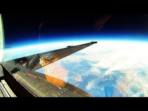 "Lockheed U-2 SPY PLANE (""Dragon Lady"")! Take-offs, landings & EXTREME ULTRA-HIGH ALTITUDE footage!"