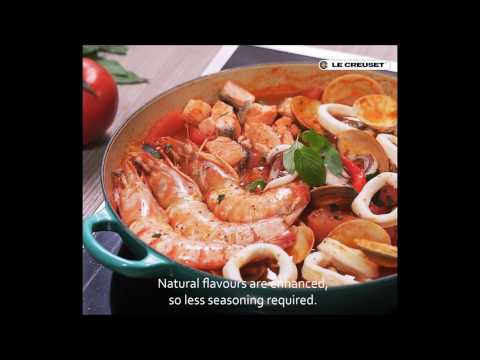 Cooking With Le Creuset Buffet Casserole - Dry-steamed Seafood Tomato Soup