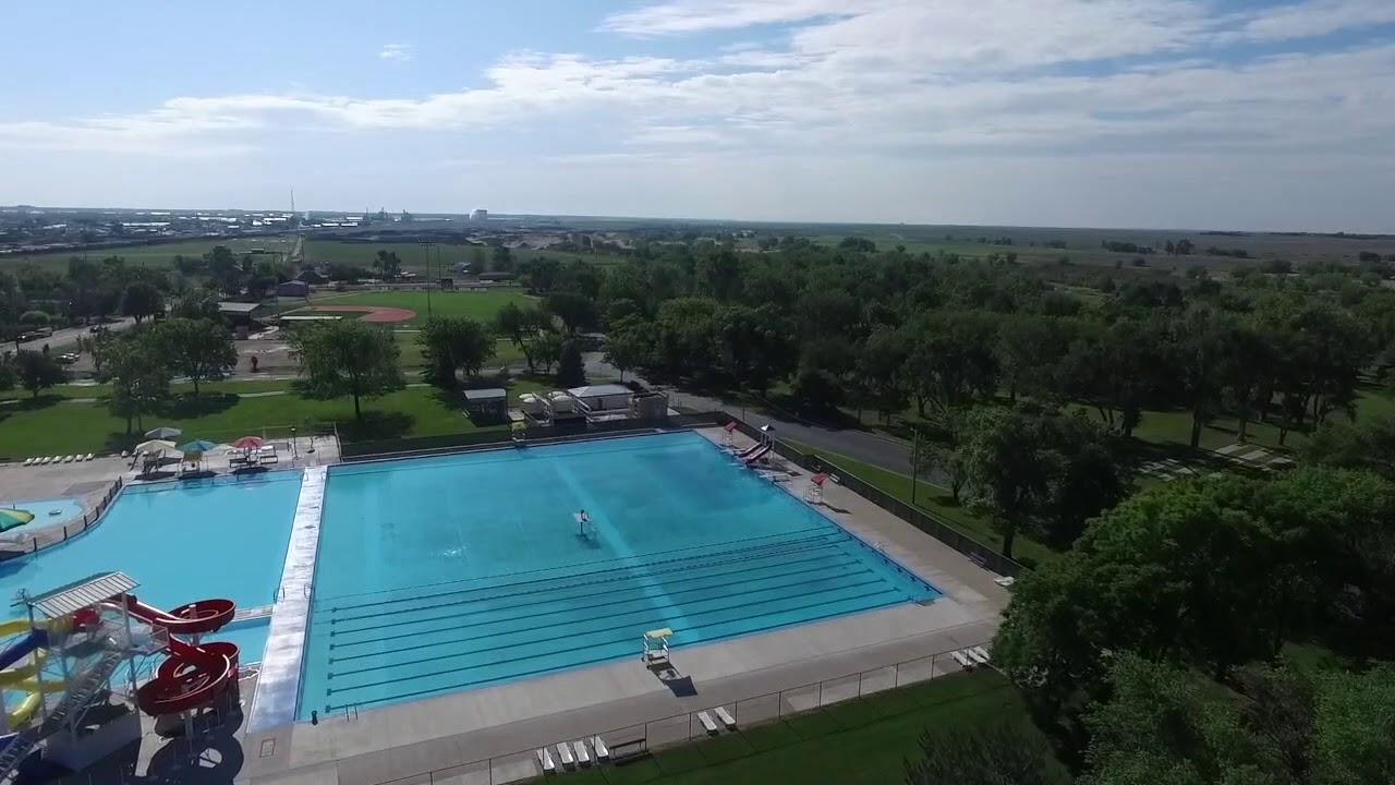 the big pool, garden city, ks