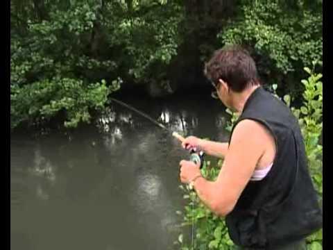 Le costume dajva pour la pêche dhiver