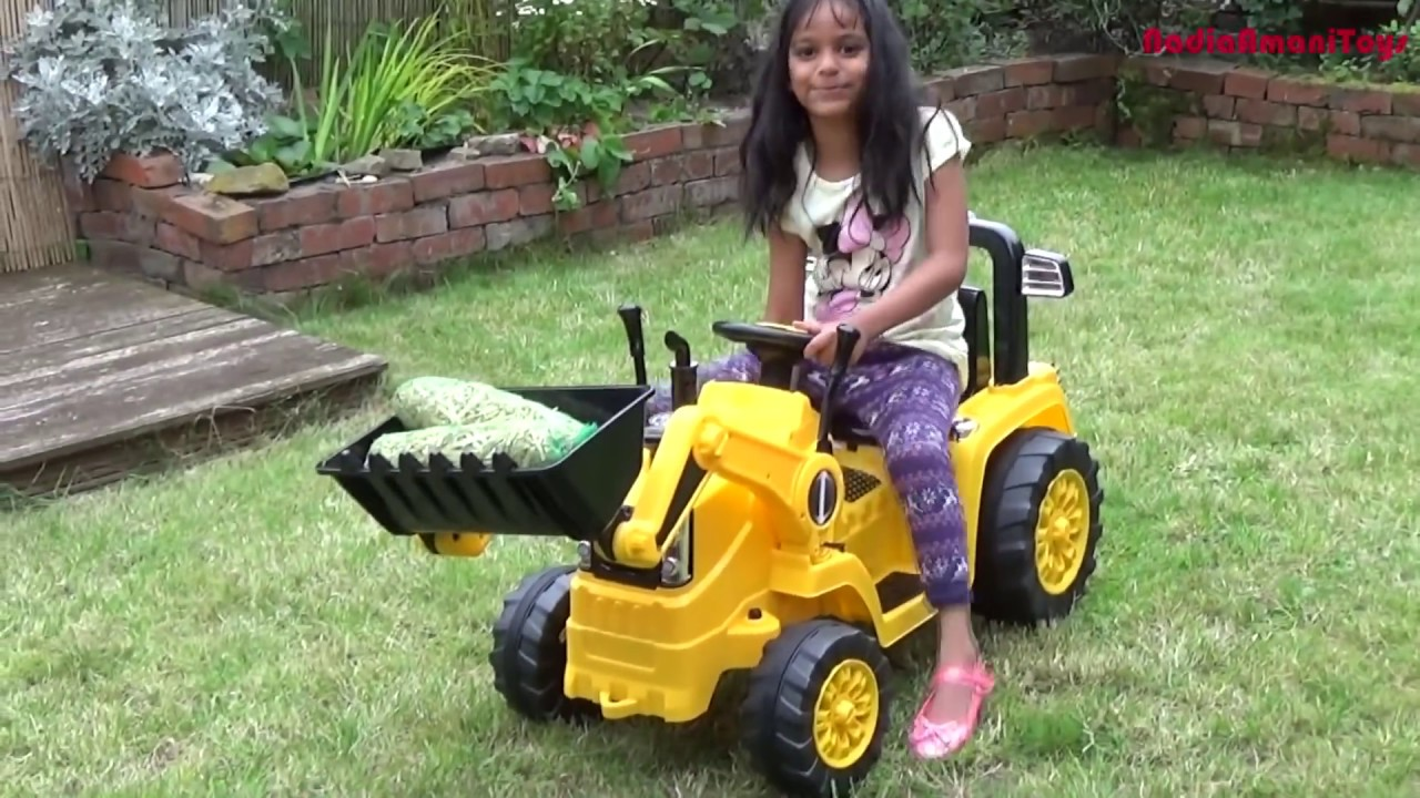 Huge playtime of 12 ride on power wheels mega collection for Pink mercedes benz power wheels