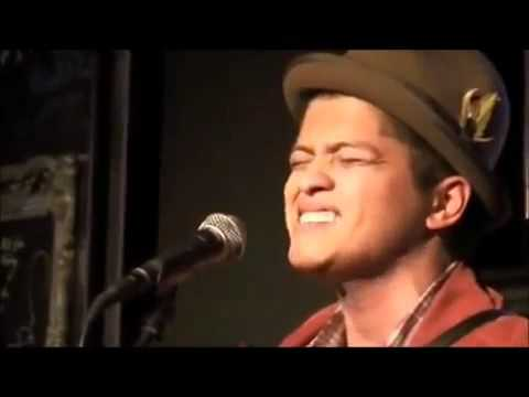 Bruno Mars - Covers The Way You Make Me Feel