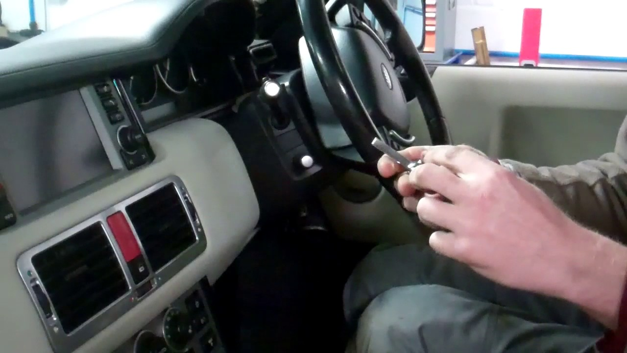 Key Fob Programming >> How to re-sync / program a new key on Range Rover L322 remote keyfob coding - YouTube