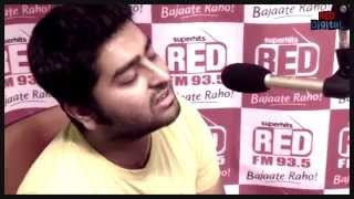 Arijit Singh Performs Muskurane From City Lights
