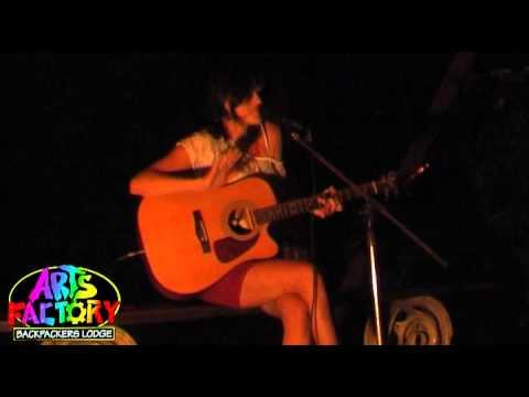 Vanessa Brenecki - Leavin Town