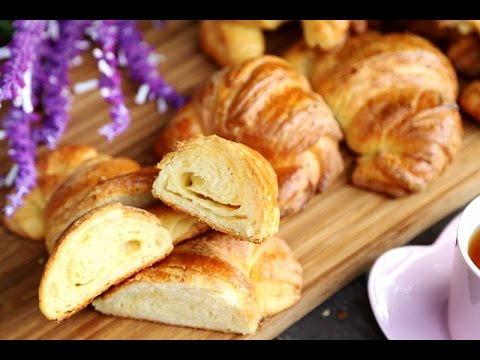 Quick Croissant Recipe - Homemade Easy Cheese Croissants Recipe - Heghineh.com