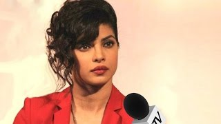 Priyanka Chopra on Pak Artist Ban : Why Hang only Artists ? Focus should be on Keeping Soldiers Safe