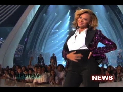 Beyonce Announce she Pregnant 2011 VMA's - YouTube