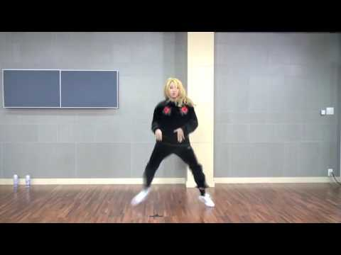 MINZY (공민지) freestyle dance
