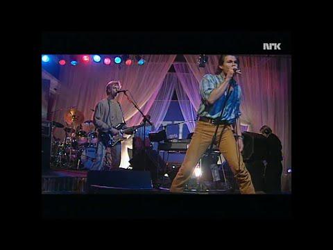 A-ha - Between Mama and Yourself (live på NRK med intervju)