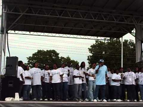 Darrell Luster & North Carolina Community Mass Choir
