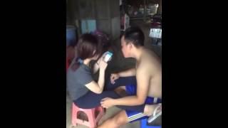 [clip hai]thanh niên cua gái bị tát sock vãy
