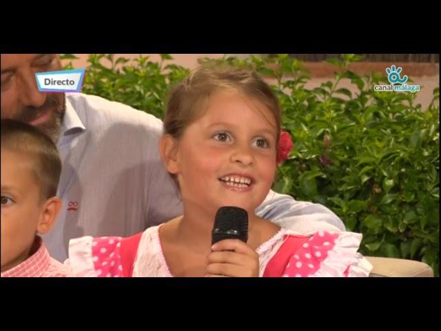 Juan Cassá entrevistado, junto a sus 4 hijos, en el Real de la Feria 2018