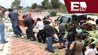 Sepultan a una de las jóvenes fallecidas en baile de Ecatepec / Vianey Esquinca