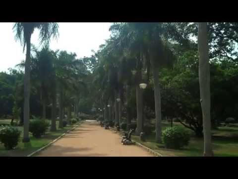 Tourist Guide to Lal Bagh botanical gardens at Bangalore