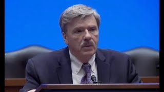 Legendary investigative reporter Robert Parry tragically passed away in January 2018. Parry 'stood his ground' against adversity in media.