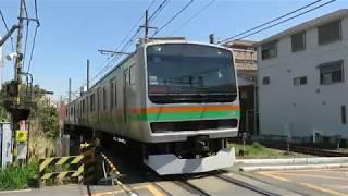JR東日本・鎌倉(電車区)踏切を通過する回送列車(East Japan Railway)