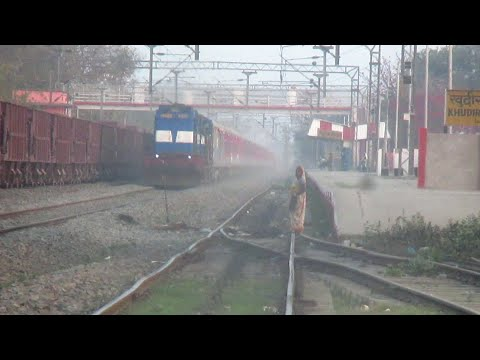 (HD) First On Youtube:LHB Swatantrata Senani Superfast Rushes past at MPS!!