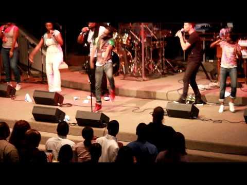 Let Us Worship- Tye Tribbett