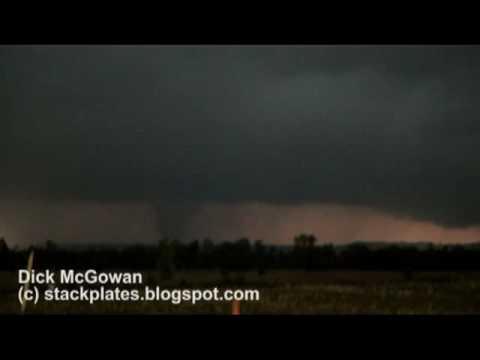 Clinton, Arkansas EF3 Tornado!  April 30, 2010