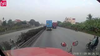 Hung thần xe container phóng nhanh, vượt ẩu ép xe   Giao Thông Quốc Gia   Giao thông quốc gia