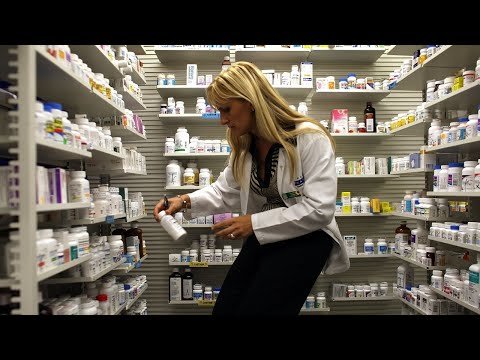 New laws end 'gag clauses' on drug prices