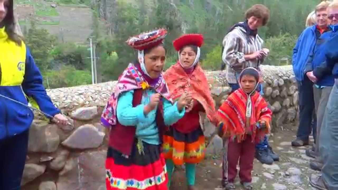 Niños Cantando En Quechua Ollantaytambo Perú 2015 Youtube