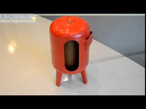 видео: Мембранные гидроаккумулирующие баки, гидроаккумулятор видео обзор от ukspar