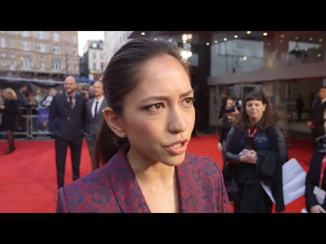 sonoya mizuno dating Sonoya mizuno, jessica rothe and callie hernandez have joined the cast of lionsgate's la la land, starring ryan gosling and emma stone mizuno, rothe and hernandez have been cast as stone's three roommates it has already secured a july 15, 2016 release date this is the pic that originally.