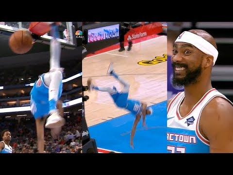 Corey Brewer scary fall to the floor | Kings vs Cavaliers