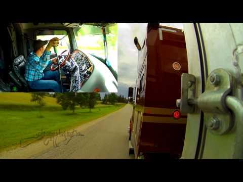 peterbilt-379-at-fergus-truck-show-ontario,-canada-2013