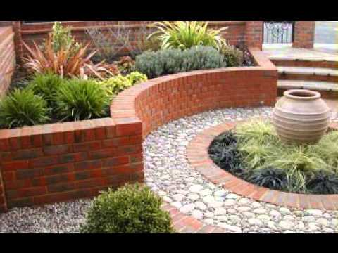Diy small back garden ideas youtube for Small back garden ideas
