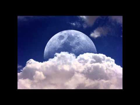 Adriano Celentano - La mezza luna (Italian & English lyrics in description)