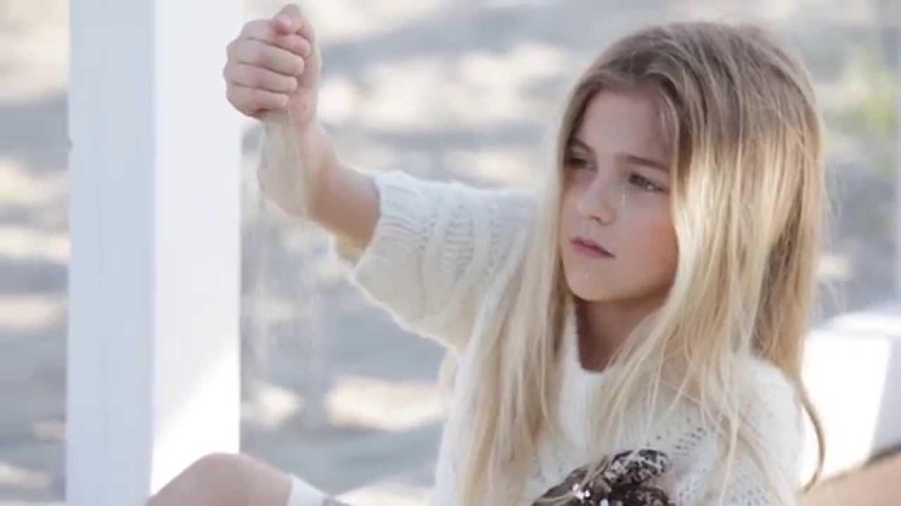 TWINSET Simona Barbieri Fall Winter 2014/15 Girl\'s Campaign - YouTube