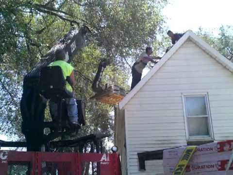 lifting shingles up to the roof YouTube – Shingles Lifting On Roof