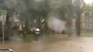 Texas sheriff asks residents to leave Sugar Land community