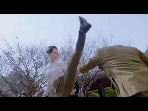 日軍女軍官劍術高手不自量力挑戰中國女功夫高手,被羞辱和蔑視!然後只能用刑來洩憤