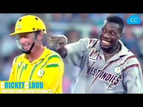 Curtly Ambrose's SLOWEST BALL EVER To Ian Healy | Followed By Funniest Reaction Ever !!