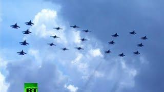 Video: Aerial extravaganza marks Russian Air Force 100th anniversary