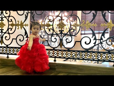 Vlog #9 | It's Shaniah's Day At Palma Beach Resort Umm Al Quwain